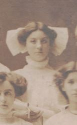Evelyn Klumpp, 1910 Chicago (age 16)