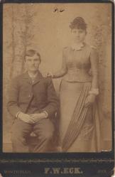 William & Minnie Gulledge of Arkansas